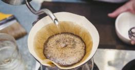 Kaffee im Filter zur Verbesserung des Stoffwechsels